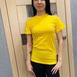 Женская футболка желтая для спорта и повседневной носки , хлопок 100% плотность 160 г на кв м