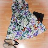 Пишна квіткова сукня. Торг