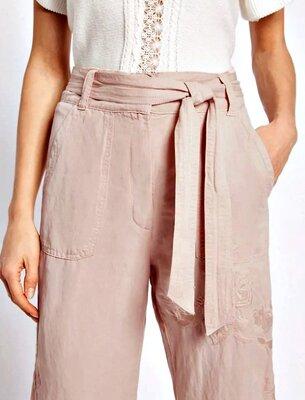 Качественные брюки кроп с вышивкой и поясом, лён и лиоцелл р.16