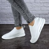 Женские кроссовки летние белые Murgie выбор