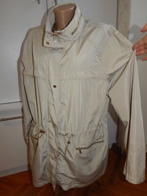 куртка ветровка светлая модная р18-20 батал