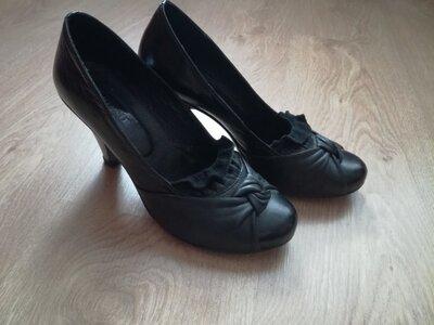 Туфли женские кожаные, б/у