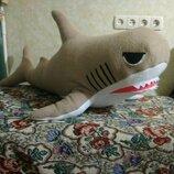 Акула подушка игрушка из флиса