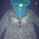 Джинсовый модный пиджак -худи р-98/104,ребенку от 3/4лет,отличное