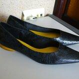 Zara trafaluc удобные кожаные туфли мокасины балетки.