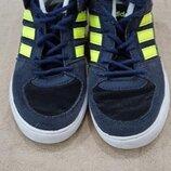 34 р. Продам в отличном состоянии фирменные Adidas кроссовки, кеды.