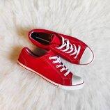 Красные кеды тканевые текстиль с белым носком кроссовки унисекс червони со шнуровкой