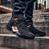 Кроссовки мужские Nike LeBron 16