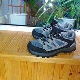 Кроссовки, ботиночки 36 р - 24 см стелька, сост новых