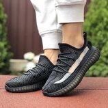 Женские кроссовки 9421 Adidas x Yeezy Boost