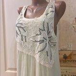 Платье свободное с жемчугом