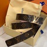 Женский кожаный ремень двухсторонний Louis Vuitton