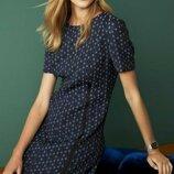 Элегантное платье жаккард next в офисном деловом стиле короткий рукав