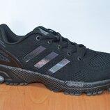 Кроссовки Adidas maraton.