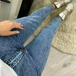 Нереальные джинсы Мом актуального цвета
