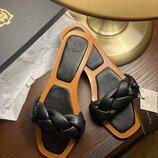 Женские кожаные шлёпанцы Massimo Dutti