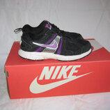 Кроссовки Nike оригинал 34- 35 размер по стельке 22 см.Кожа. Легенькие, мягкие , дышащие и очень удо