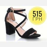 Шикарные чёрные босоножки на небольшом каблуке