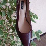 Трендовые туфли, лодочки на маленьком каблуке от Autograph, 100% кожа