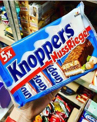 Батончики Knoppers в упаковке из 5 штук 200 грамм