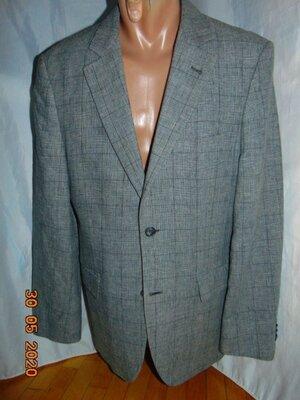 Стильний нарядний деловой фирменний пиджак бренд Giorgio .м .