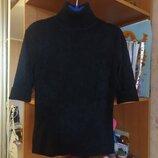 Продам красивый свитерок для девушки 42-44 р.