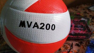 Продано: Волейбольный мяч Mikasa 2020, 270 грамм, офф. размер и вес. Олх доставка или самовывоз