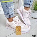 Акция Женские розовые кроссовки New Balance 40,41