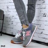 Акция Женские замшевые кроссовки New Balance р 41