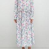 Шикарное платье миди H&M в мелкий цветочный принт.