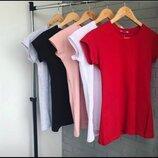 Базовая женская футболка One color