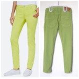Цветные оливковые джинсы Next на 8 лет