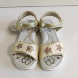 Босоножки для девочек золотые cо звездами BesskY 32-35