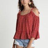 Легкая вискозная блузка топ с открытыми плечами красная с сердечками jennyfer