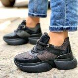 Кроссовки, натуральная кожа, черные