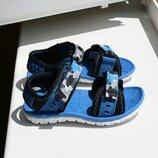 Легкие детские сандалики Clarks 22 размер