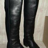 Чёрные кожаные высокие деми сапоги на среднем каблуке сзади сапог чулком р.38