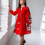 Шикарнейшее платье в стиле бохо на домотканном полотне