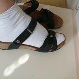 Шлепки сандалии