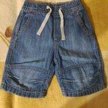 Джинсовые шорты на мальчика Н&м в новом состоянии