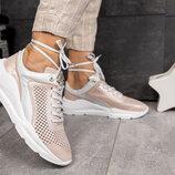 Бежевые кожаные кроссовки