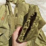 Куртка на 5,6лет есть патайной капюшон 50грн смотри замеры