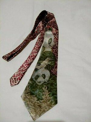 ambassador. шёлковый галстук с мишкой панда .