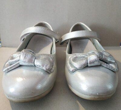 Продано: Туфли для девочки 30 размер