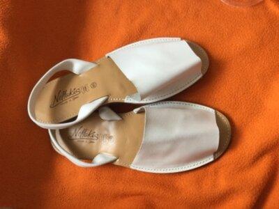 Продано: новые мужские кожаные босоножки ,менорки,абаркасы на 44-44,5
