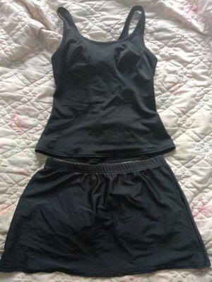 Отличный чёрный купальник танкини майка и юбка в бассейн или на пляж
