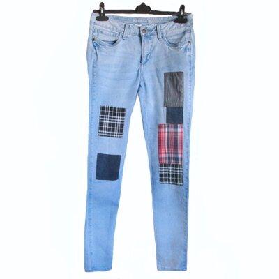 Крутые джинсы унисекс М женские мужские бренд Rainbow Skinny латки декор б/у