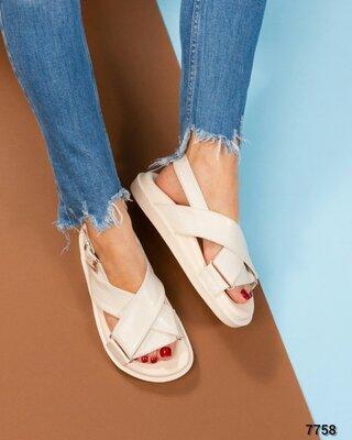Код 7758 Модные сандалии Натуральная кожа Высота подошвы 3/2 см Размер в размер Цвет беж Размерный