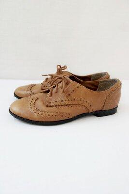 Стильные брендовые кожаные туфли, броги New Look . Размер uk2/ eur35.