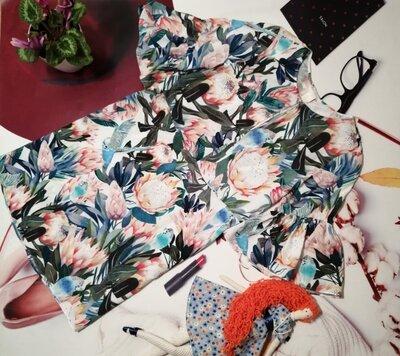 Модное платье H&M, 100% вискоза, размер 10/42 или M/L